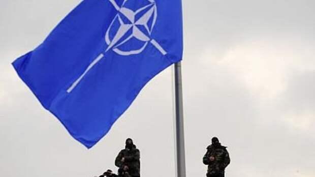 """""""Ситуация накаляется"""": Экс-дипломат предсказал войну между Россией и Турцией в ближайшие три года"""