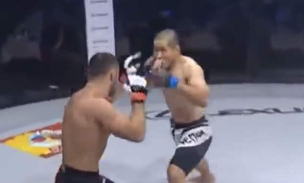 Японский ММА-чемпион споткнулся о русского бойца