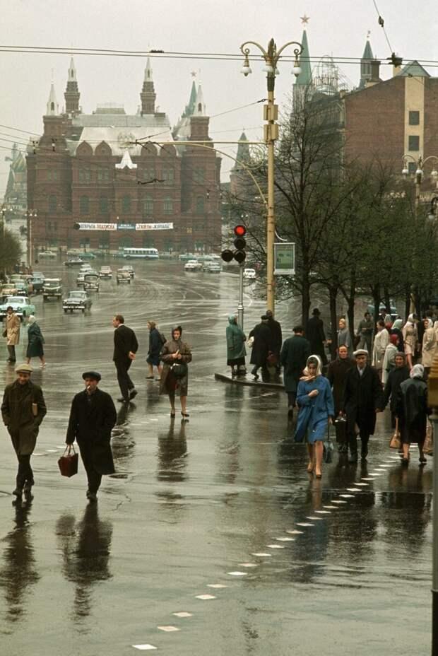 Улица Горького в сторону Манежной площади дин конгер, фото, фотограф