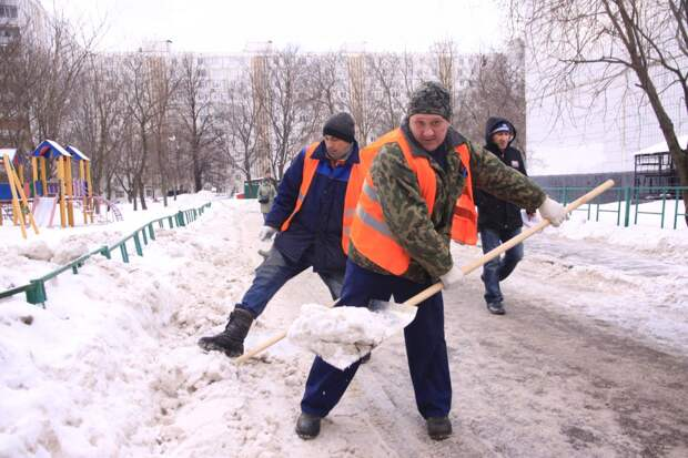 Как должны убирать снег – московские правила