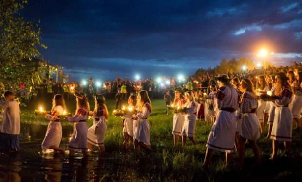 В день Ивана цветёт папоротник, чудит нечистая сила и заседают депутаты Заксобрания Севастополя