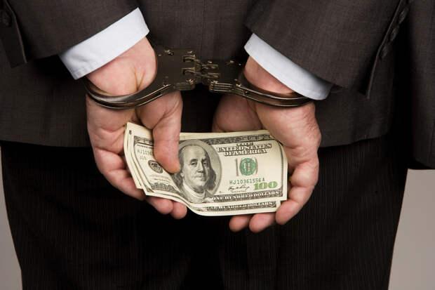 Эксперт прокомментировал статистику Генпрокуратуры: наказание к коррупционерам излишне мягкое