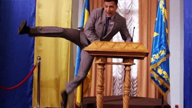 Зеленский заработал миллионы, украинцы потеряли миллиарды