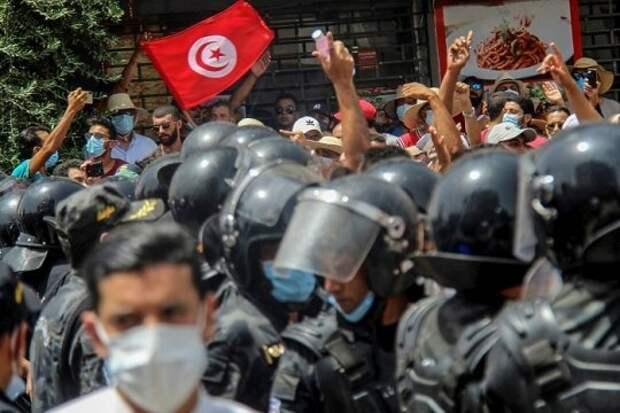 Тунис «закрывает» «арабскую весну»