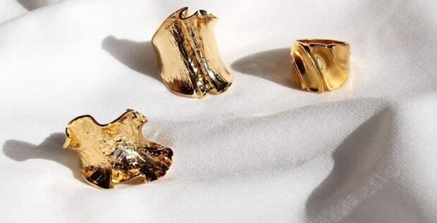 Украшения из «мятого» золота и серебра – где найти модную новинку?