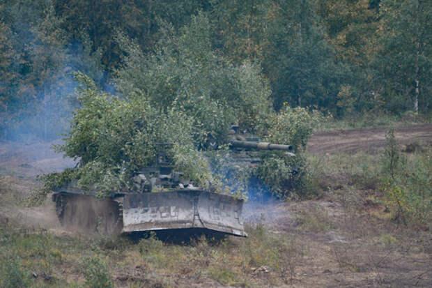 Военные инженеры общевойсковой армии ЗВО обеспечили непрерывное продвижение основных сил во время тактико-специальных учений в Воронежской области