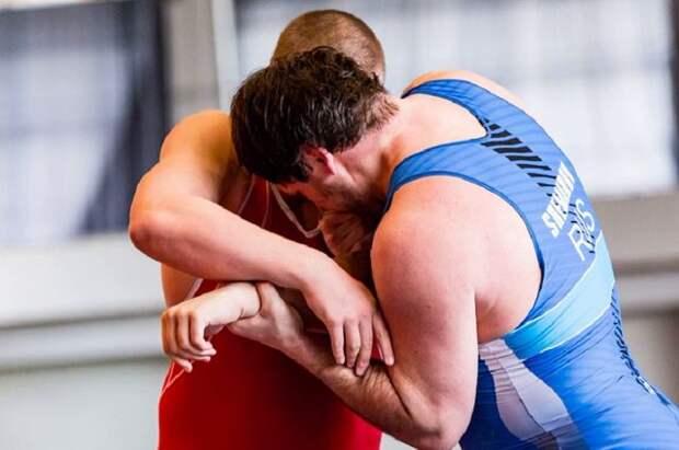 Сборная РФ одержала победу в командном зачете на ЧЕ по спортивной борьбе