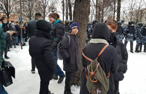 """Виртуальная """"армия Навального"""" оказалась в разы сильнее реальной"""