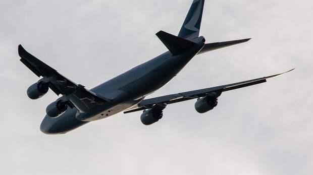 Летевший вРостов-на-Дону самолет вынужденно приземлился вСамаре