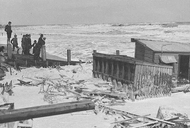 Кораблекрушения, цунами, шторма: самые страшные вещи, случавшиеся в Азовском море