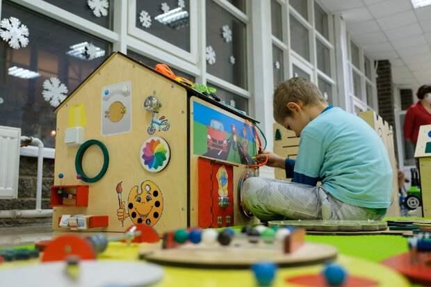 В Глазове запустили комплекс сенсорных комнат «Радость» для реабилитации детей с ОВЗ