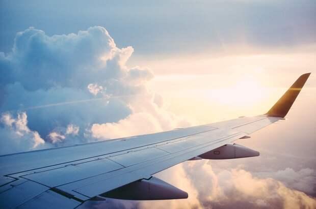Россия восстановит авиасообщение с восемью странами
