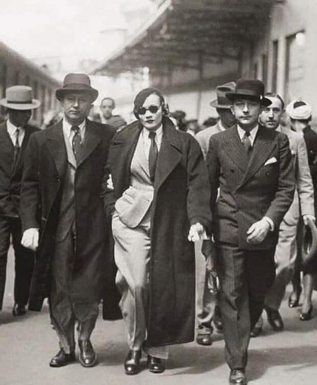 Марлен Дитрих — первая женщина, которая стала носить брюки