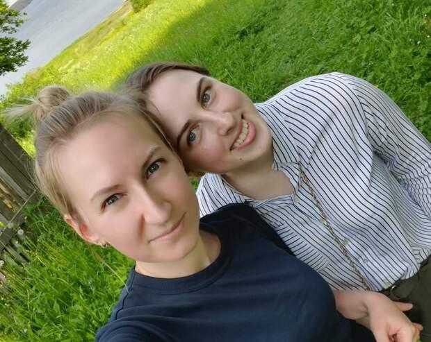 Волонтер Екатерина подружилась со своей подопечной Татьяной три года назад / Фото из личного архива
