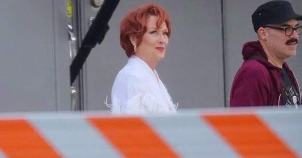 Мэрил Стрип удивила новым цветом волос на съемках