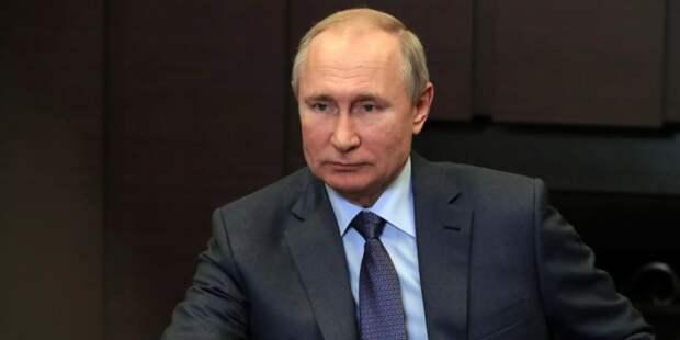 Опрос показал отношение граждан к работе Путина