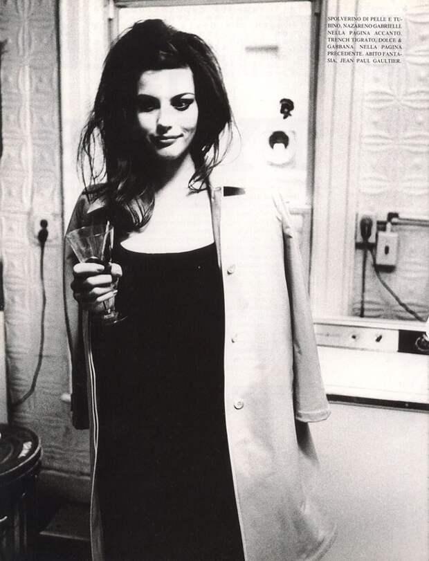 Лив Тайлер в фотосессии 1996 года.