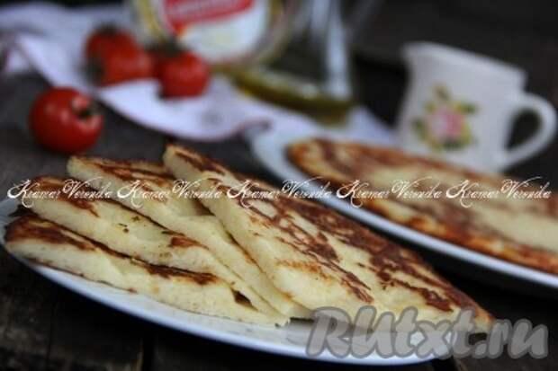 Рецепт ленивых хачапури с сыром на сковороде