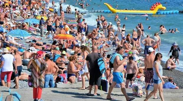 Глава минкурортов назвал количество подготавливаемых к купальному сезону пляжей Крыма
