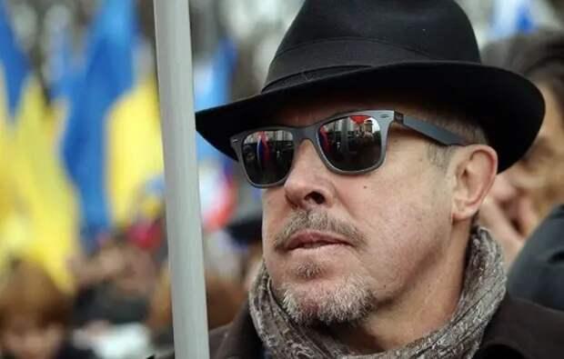 Политолог рассказал, что держит Макаревича в «тоскливой и ужасной» России