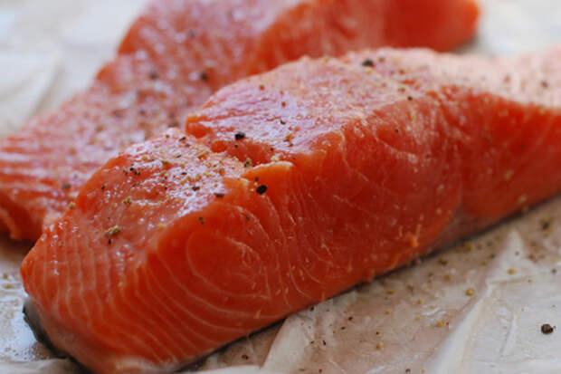 Фото к рецепту: Сухой посол красной рыбы. готова через 8 часов!