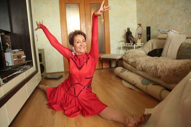 Чемпионка по латиноамериканским танцам из Строгина поделилась комплексом упражнений