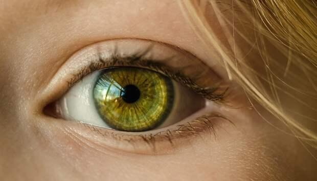 Подмосковные врачи рассказали об опасности глазных капель для сужения сосудов
