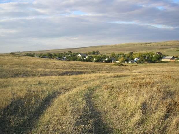 Вступил в силу запрет на владение землей в Крыму для иностранцев