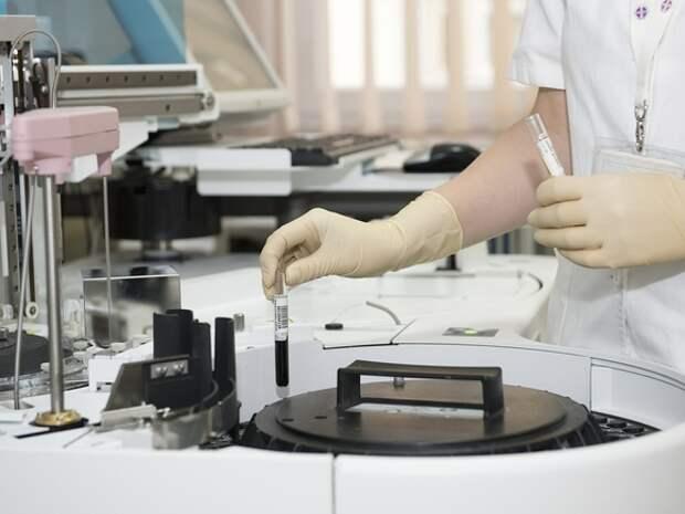 Британские ученые выявили «тройную мутацию» коронавируса с необычной комбинацией генов