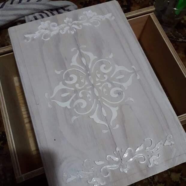 Шкатулка из фанерного ящика