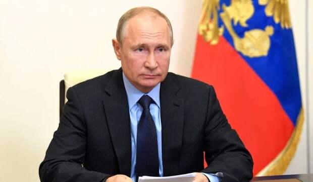 Россияне завалили Путина вопросами о пенсиях и ценах на продукты