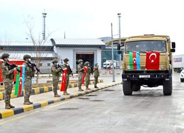Турция намерена разместить в Азербайджане военные базы