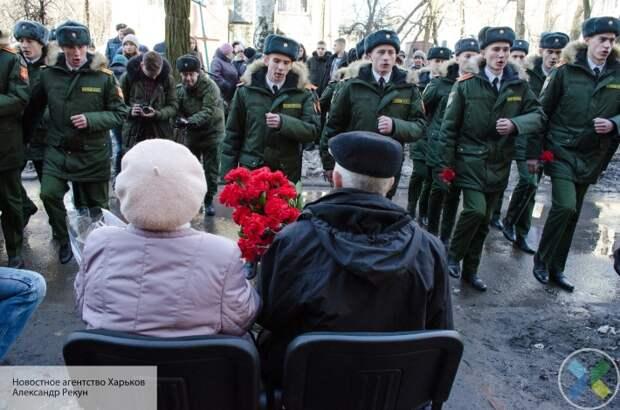 В Донецке провели парад Победы для одного ветерана Великой Отечественной войны