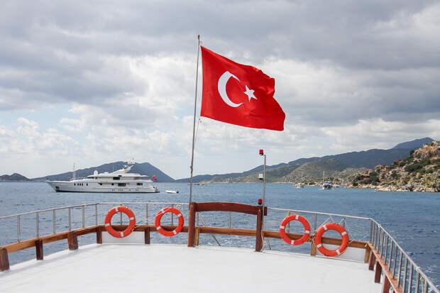 Русский стал обязательным для будущих работников туротрасли Турции