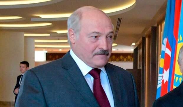 Политолог: Россия заплатит большую цену за поддержку Лукашенко