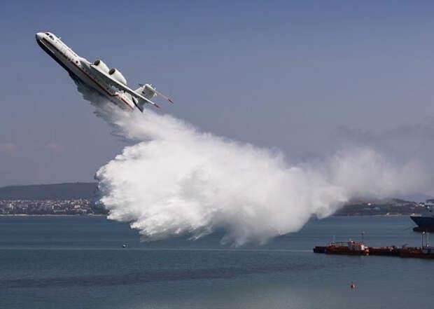 Тушившие пожар в Турции российские пилоты испугали местных жителей