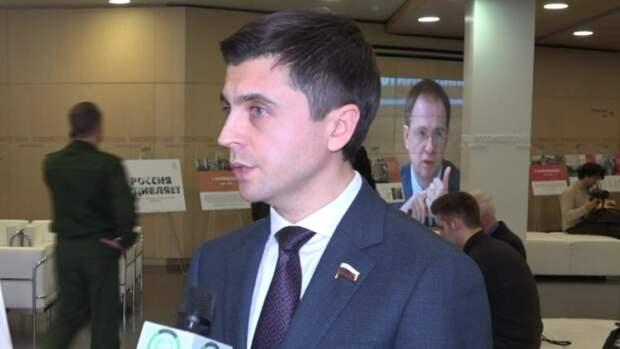 Депутат Бальбек сравнил Украину с «чистильщиком сапог» Вашингтона и Брюсселя