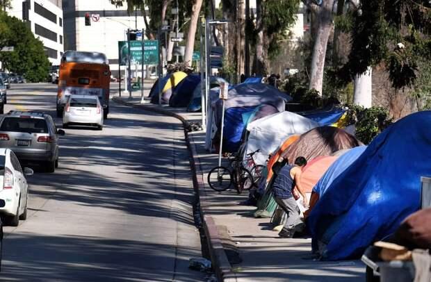 Количество бездомных в США в 2020 году выросло до 580 000 человек