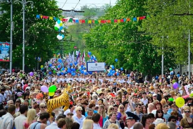 Что мы отмечаем 1 мая: история праздника