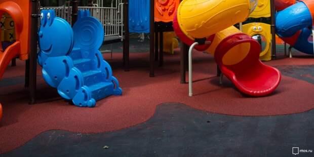 В Лосинке после реконструкции открылась новая детская площадка