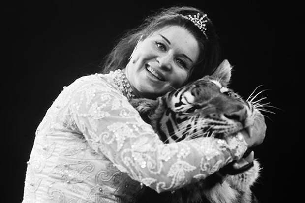 Маргарита Назарова и ее питомцы.