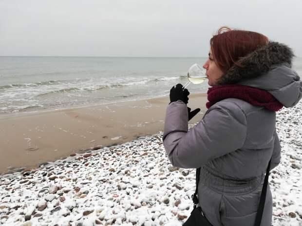 На берегу Балтийского моря отмечаю свой День рождения.