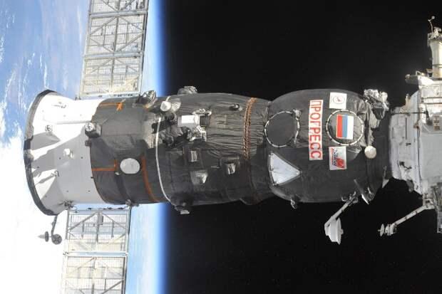 «Роскосмос» решил затопить в Тихом океане космический грузовик «Прогресс МС-13»
