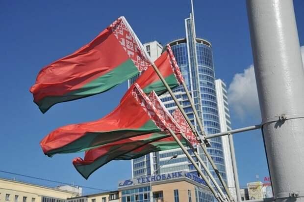 В Белоруссии заявили об увеличении числа иностранных военных у границ страны