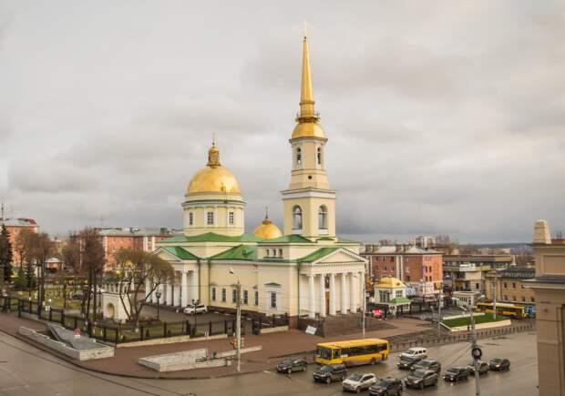 Митрополит Викторин попросил жителей Удмуртии пожертвовать средства на ремонт Александро-Невского собора