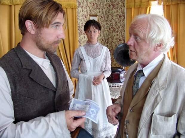 Кадр из сериала *Пелагия и белый бульдог*, 2009   Фото: kino-teatr.ru