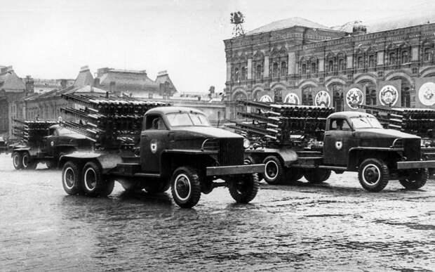 Великая пара Великой Отечественной: ретротест Студебекера с Катюшей