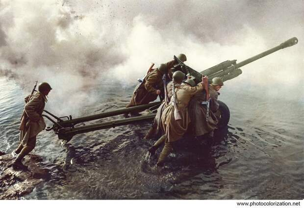 Курсанты против самолетов и танков. 1941 г.