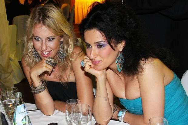 Канделаки впервые рассказала о причине ссоры с Собчак: «Пришло смс, что я мучу с Капковым»