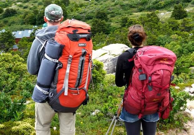 Самые тяжелые вещи кладите в середину, а не вниз / Фото: ontheroadpatagonia.files.wordpress.com